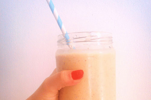 Caramel and peanut butter smoothie