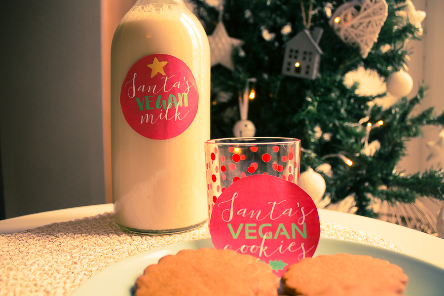 Santa's vegan cookies and milk - free printable
