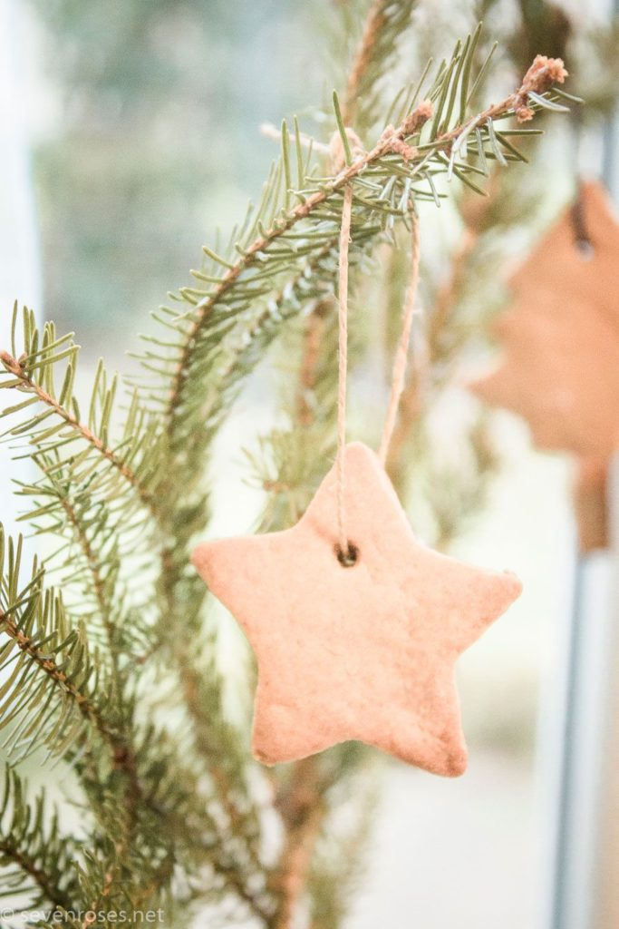 Last minute gift idea: Christmas cookie decorations