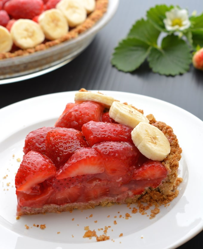 Vegan, Gluten-free Strawberry Pie with Walnut-Oat Crust
