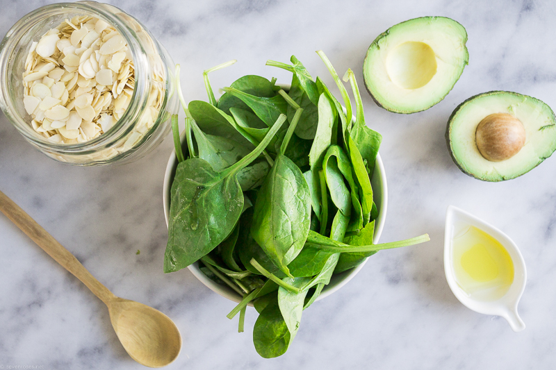 Green Goddess Spinach Pesto is packed-full of vitamins, antioxidants and macronutrients