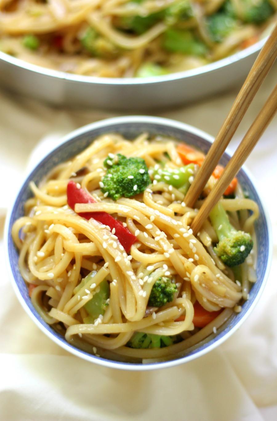 10-Minute Gluten-Free Vegetable Lo Mein