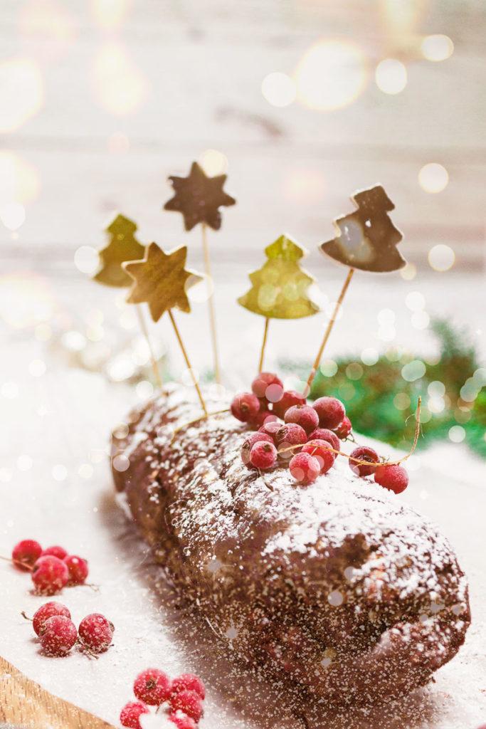 Vegan Chocolate Salami - no bake Christmas dessert