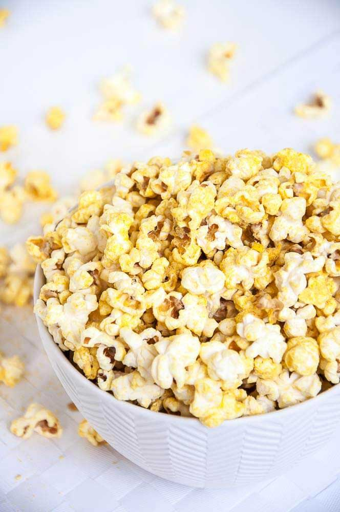 Vegan_Cheese_Popcorn-movie-night-munchies