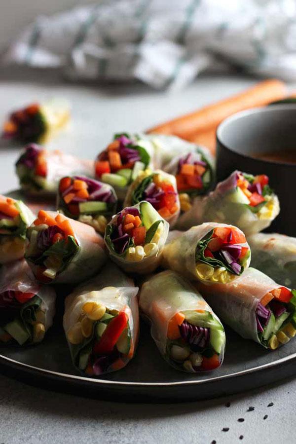 Fresh Rainbow Vegan Spring Rolls