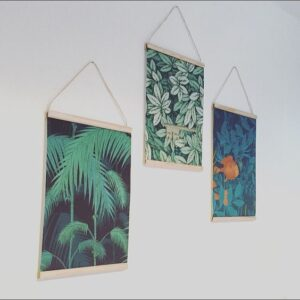 Boho wooden poster hanger inspo - source: Pinterest