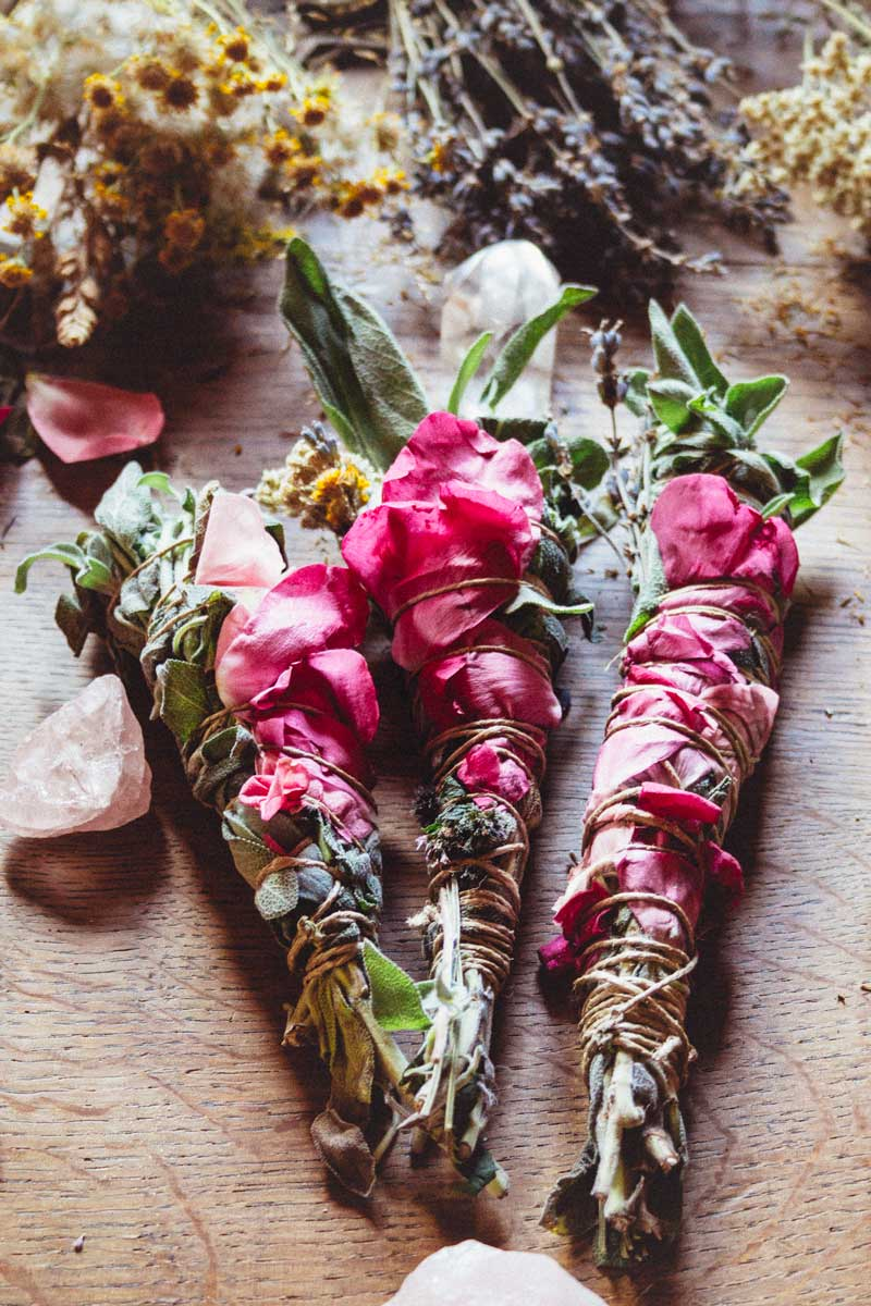 DIY smudge sticks #stopusingpalosanto