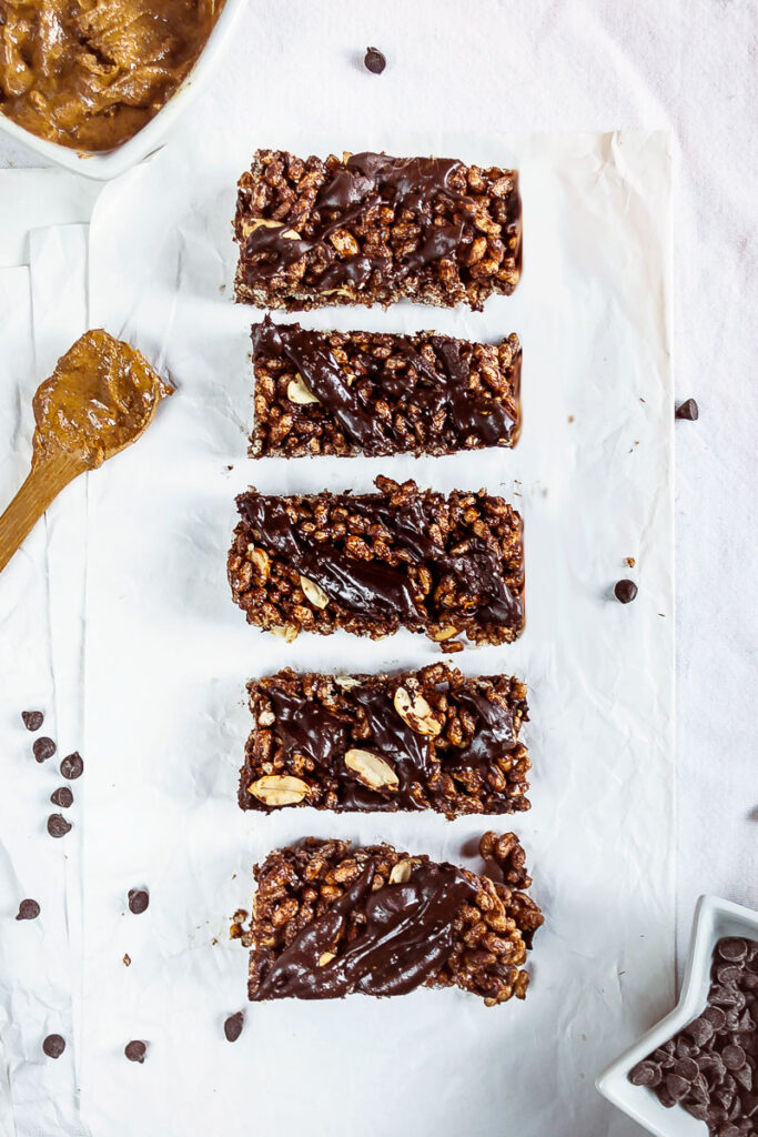 Gluten-free chocolate peanut butter rice bars | Plant-based meal prep