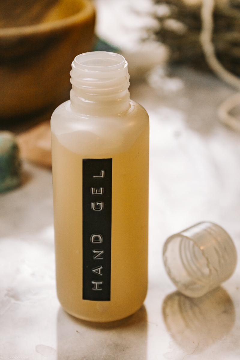 all natural DIY hand sanitizer gel
