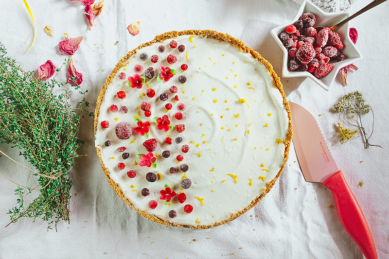Delicious and creamy no-bake, easy Vegan cheesecake