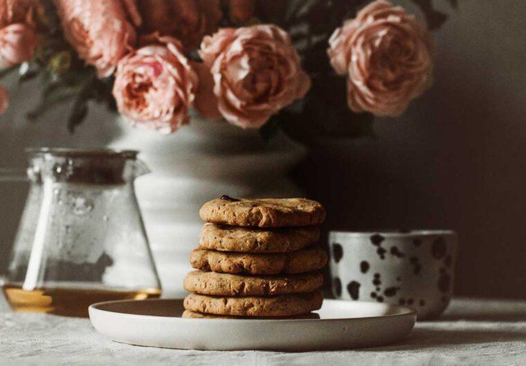 Need some quick Vegan recipe ideas? Here are 20 delicious & simple 3-ingredient recipes