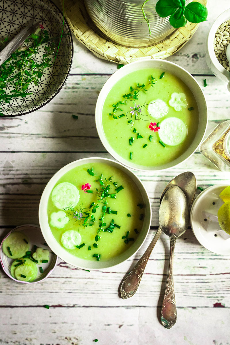 This cream of zucchini soup is also ideal to take with you for lunch at work or school