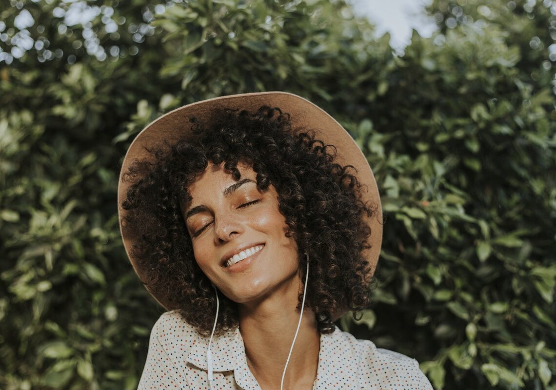 4 Proven Ways to Restore Your Hair Health